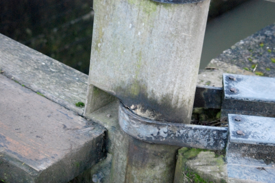 "Simple but effective ""hinge"" on lock gate."