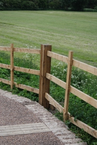 Mended fence