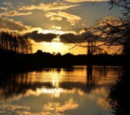 Final sunrise over t' pond