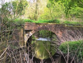 Bridge over the Ryton at the foot of the golf course