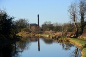 Pumping station from east of Kilton Lock